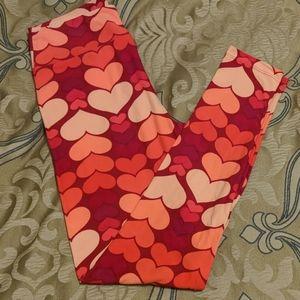 Lularoe OS Leggings Valentine's Hearts